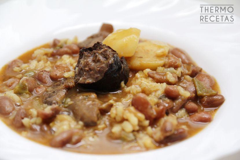 Guiso de jud as pintas con morcilla y arroz receta recetas de pollo con thermomix - Ensalada de judias pintas ...