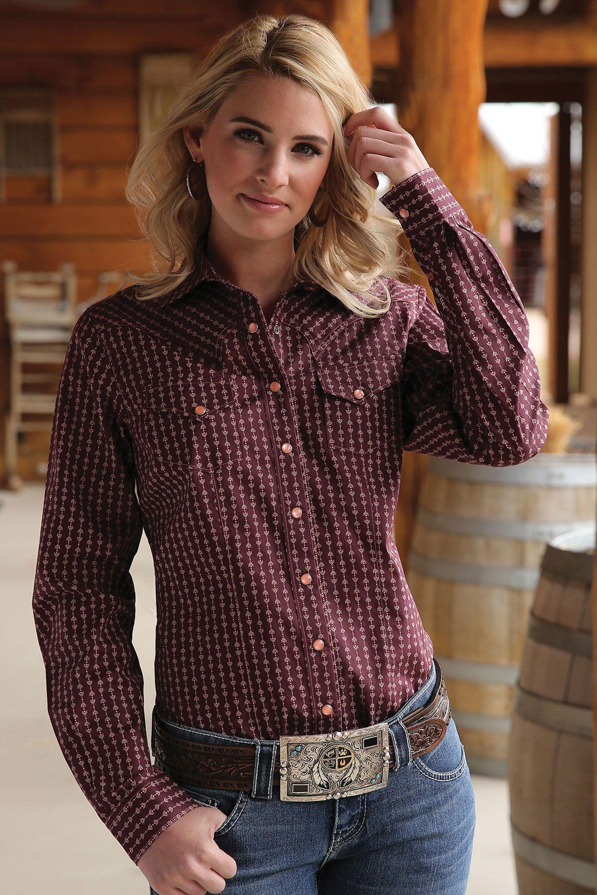41657a6c Cruel Girl Women's Arena Fit Geometric Long Sleeve Snap Western Shirt  CTW7050001