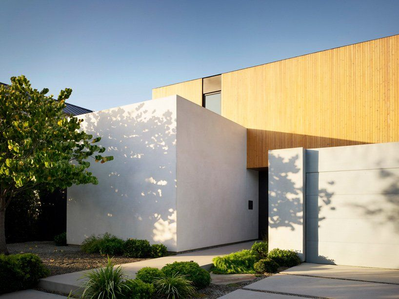 Eyrc S 19th Street House Is A Serene California Retreat With A Japanese Touch In 2020 Architect Street House House