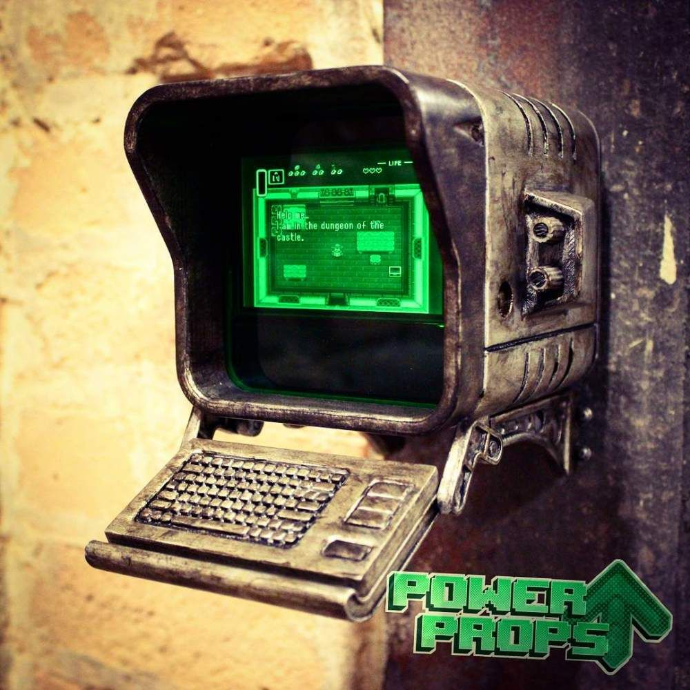 Download Fallout 4 - Wall Mounted Terminal Replica by Power Up Props