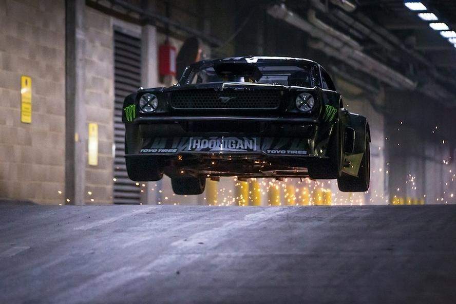 hoonigan racing division s ken block smokes the tires of his ford rh pinterest com