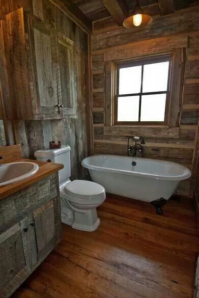 Love This Old Western Style Bathroom Even Though The They Should Have Added A Pull Chain Toilet Rustic Bathrooms Cabin Bathrooms Barn Bathroom