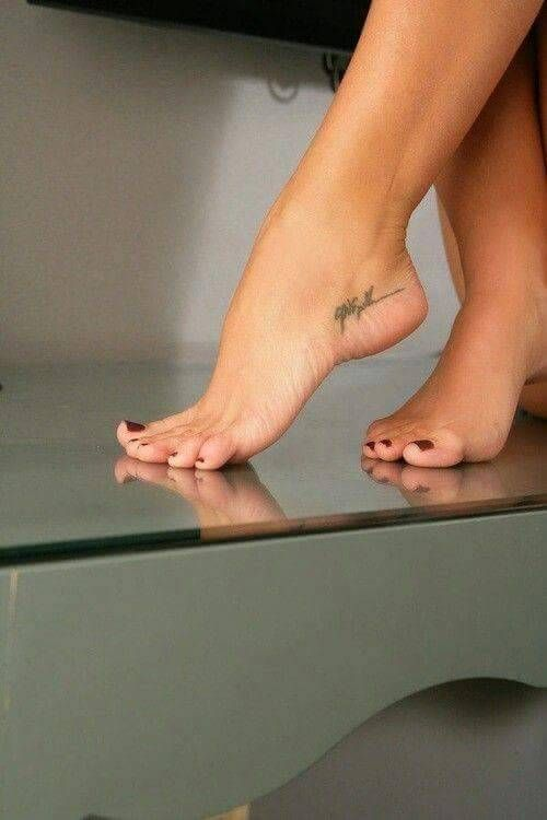 Sexy feet and