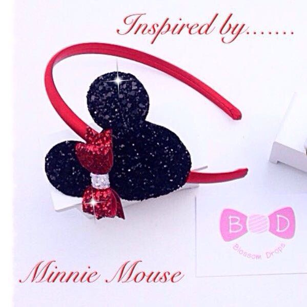 Everyone's favourite Disney mouse #girls#hairaccessories#handmade#bows#headbands#babyheadbands#babiesofinstagram#babygirl#cute#bespoke #disney #minniemouse #sparkle #glitter #satin #aliceband #red #black