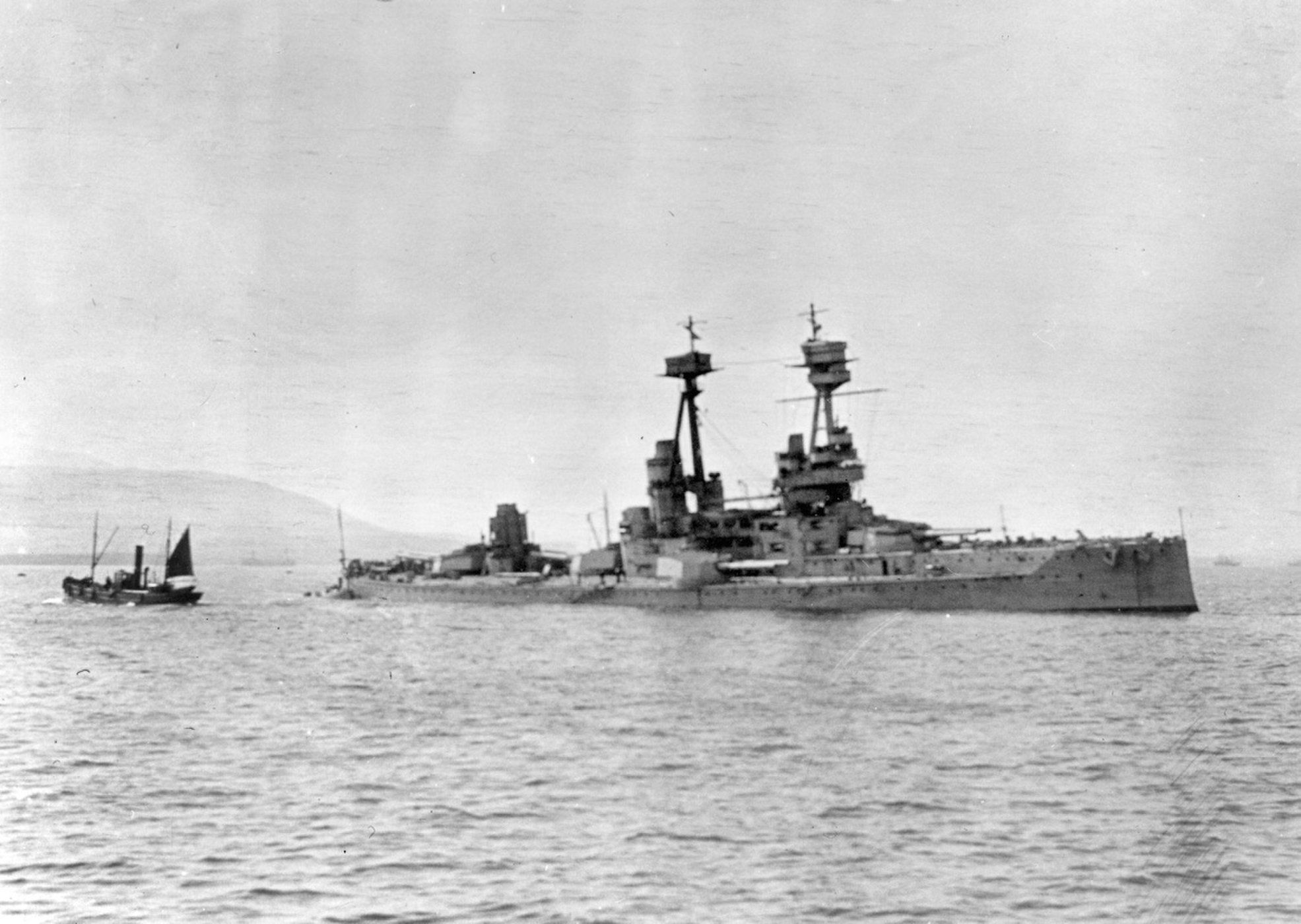 Archaeologists Map Famed Shipwrecks and War Graves in