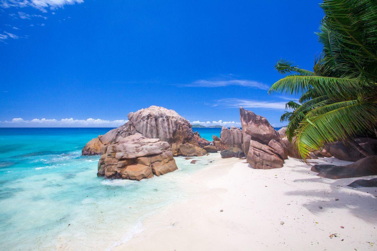 10 zika-free honeymoon spots | maldives & syechelles | honeymoon
