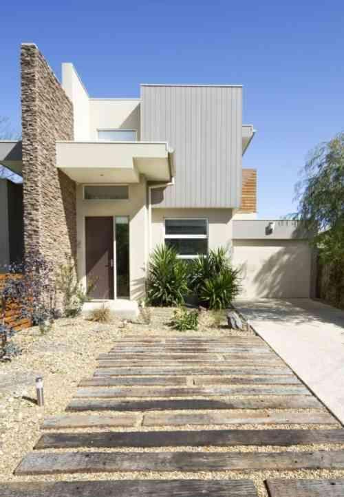 Aménagement extérieur maison  jardins d\u0027entrée modernes Fences