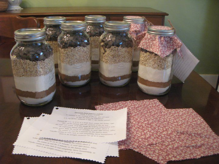 Nov 25,  · A perfect last minute gift for the cookie lover in your life! With this homemade cookie mix in a jar, the lucky recipient is just 2 steps away from soft and chewy oatmeal cookies, loaded with chocolate, peanut butter, and white chocolate get-raznoska.tkgs: