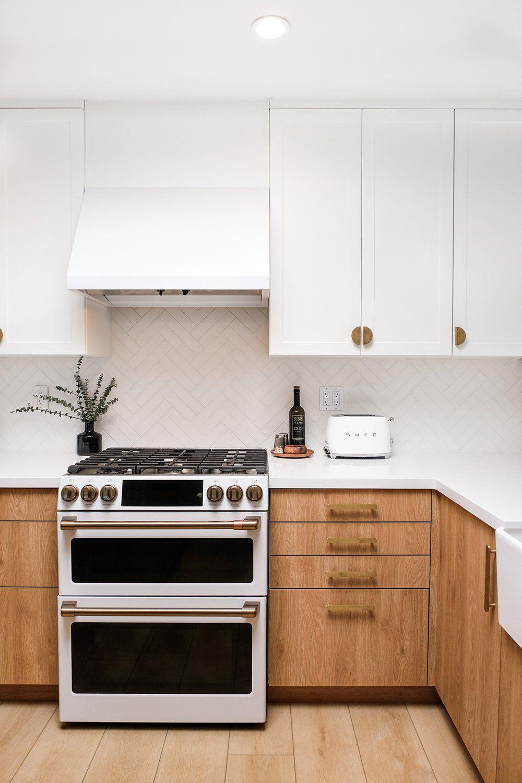 The Avocado House S Two Tone Kitchen Reno In 2020 Two Tone Kitchen White Kitchen Design Kitchen Reno