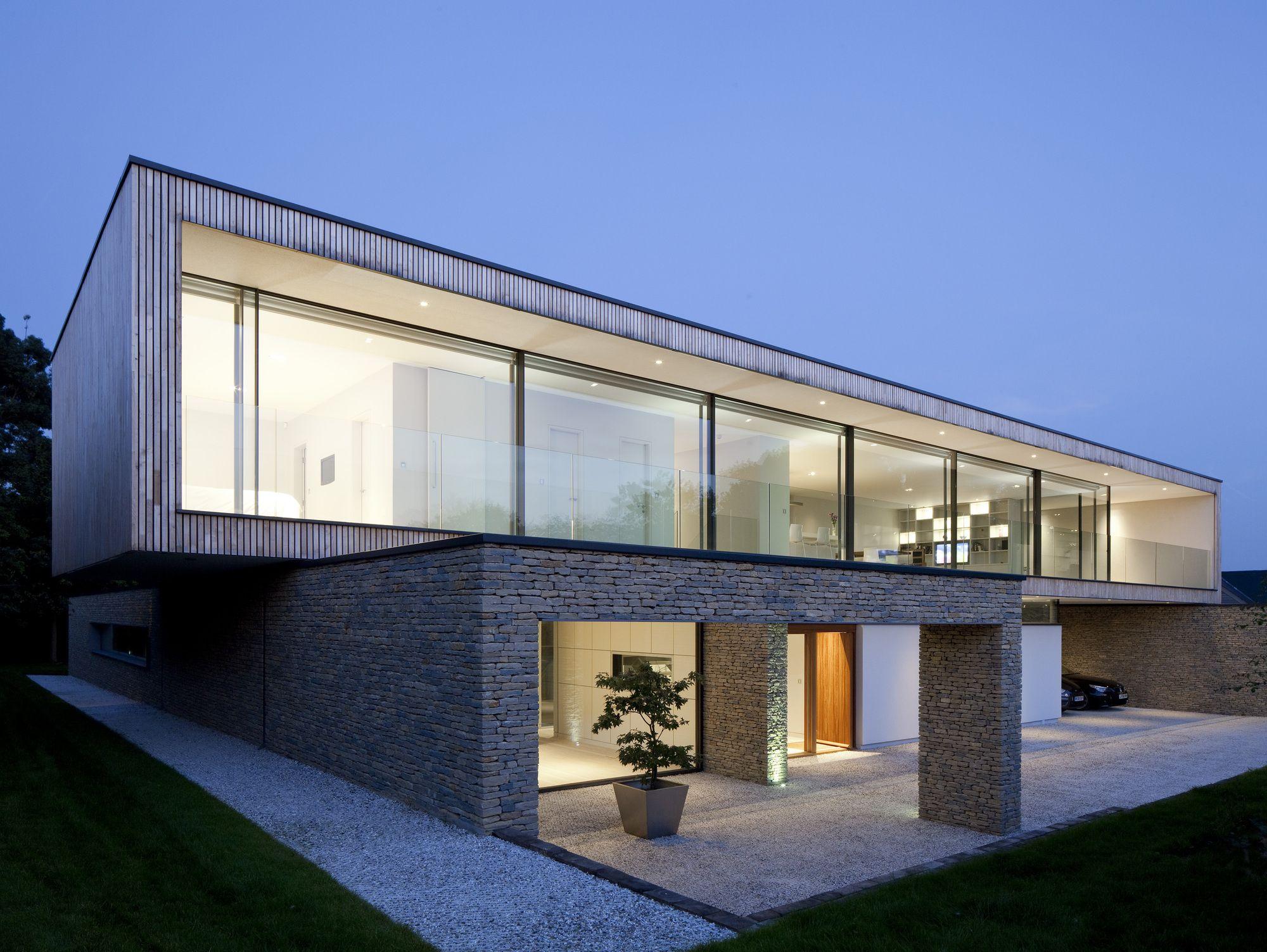 50331d7728ba0d1c29000058_hurst-house-john-pardey-architects-str-m-architects_strom_architects_hurst_house_03.jpg (2000×1503)