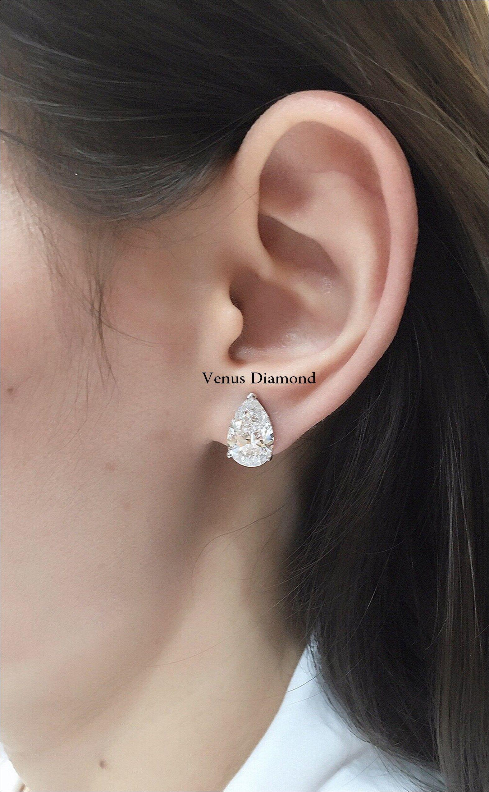 2 Carat Pear Shape Diamond Earring