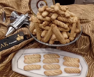 البسكويت الفلاحي الأصلي بخليط الزيت والسمنة من الشيف محمد حامد مطبخ أتوسه على قد الايد Food Biscuits Chef