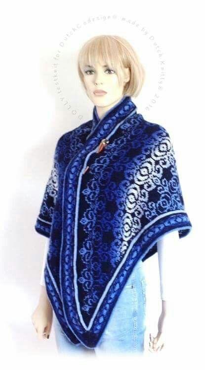 Heerlijk om tijdens zonnige winterdagen zoals nu om te slaan in plaats van een jas: mijn Dolly shawl. Gemaakt met Kauni met de fair isle techniek, patroon is van DutchCodesign-bloemendalwol. De rand is wel behoorlijk pittig echt voor een gevorderde breister maar in het patroon staat ook een optie voor een eenvoudige rand.