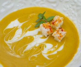 Seal-friendly Recipe - Cat Cora's Roasted Winter Squash and Saffron Soup. Sign-up for our weekly #meatlessmonday recipes here:  https://secure.humanesociety.org/site/SPageServer?pagename=meatlessmondaysignup&s_src=pin_post081314