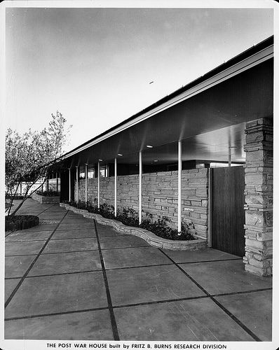 The Post War House Home Of Tomorrow 4950 Wilshire Blvd Los Angeles Ca Built 1946 Mid Century Exterior House Plans With Pictures Mid Century Modern House