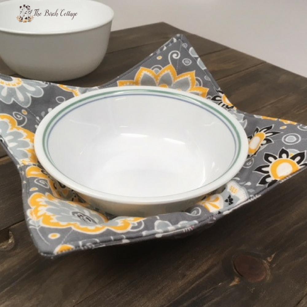 Sew A Microwave Safe Bowl Cozy Free Printable Gift Tags The Birch Cottage Free Printable Gift Tags Fabric Bowls Gift Tags Printable