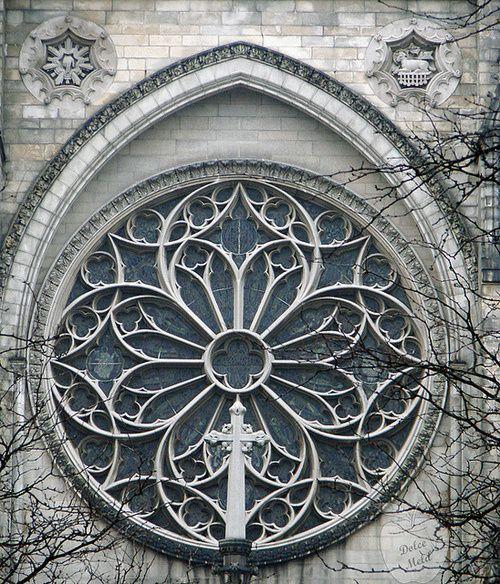 Gothic window | Portals | Pinterest | Gothic windows ...