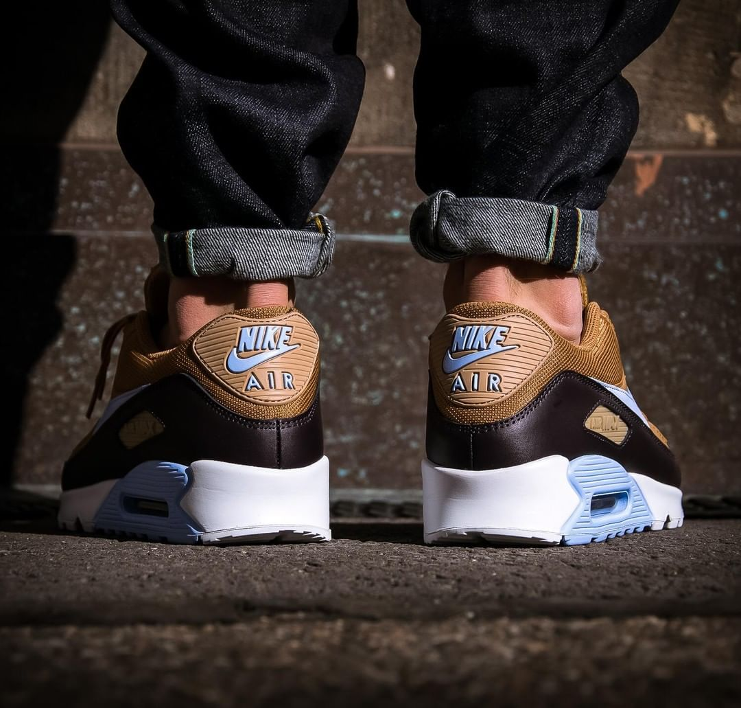 nike air max 90 brown and blue