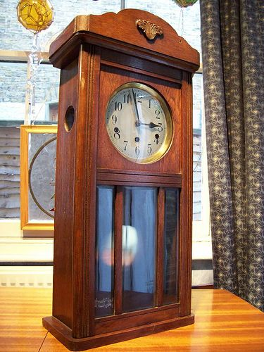 Westminster Chiming Wall Clock German or English clocks