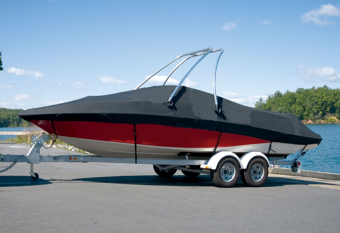 Carver Boat Covers Find What Fit Works Best For You Http Www Coverquest Com Blog Carver Boat Cover Fits Boat Covers Wakeboard Towers Carver Boats