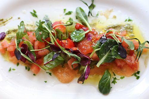 """Nueva ensalada de primavera: """"Jugando con tomates"""". ¡Qué rica estaba! Así es tan fácil cuidarse..."""