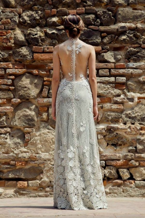 Illusion Necklines Are A Huge Trend But What About An Back Really Digging The Lace Lique And That Beautiful Fl Design Dress