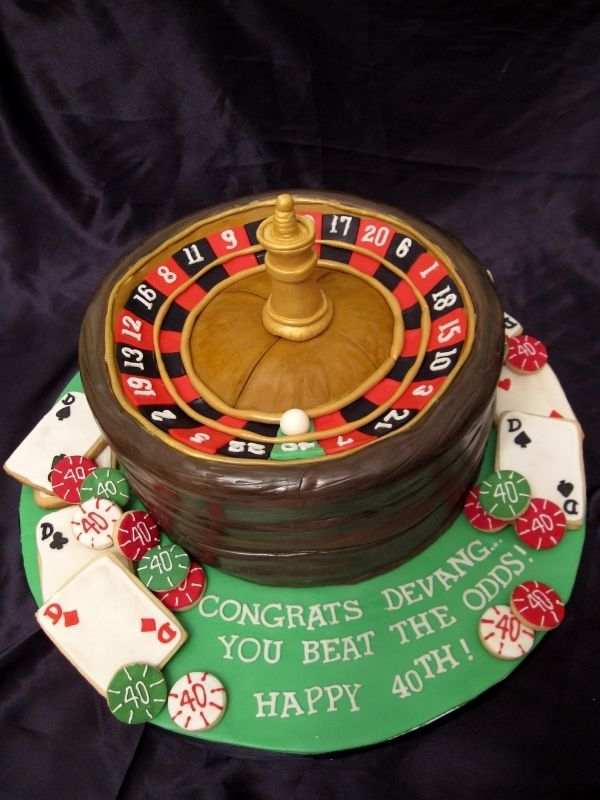 Roulette Wheel Cake And Playing Card Poker Chip Cookies