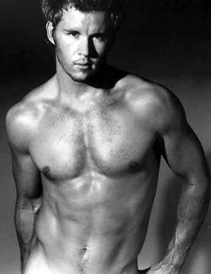 Sexy Men, like Ryan Kwanten : )