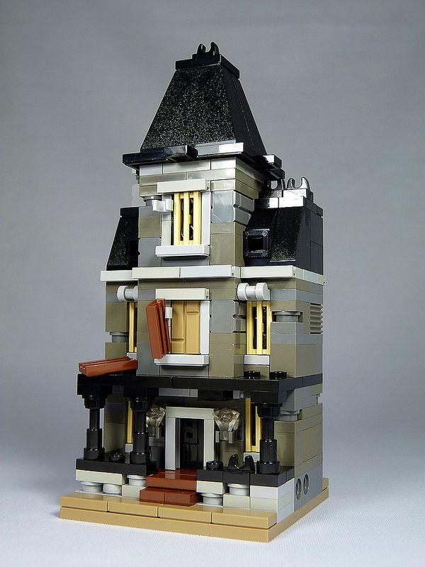 "LEGO Mini Modulars MOC ""Haunted House"" Lego design"