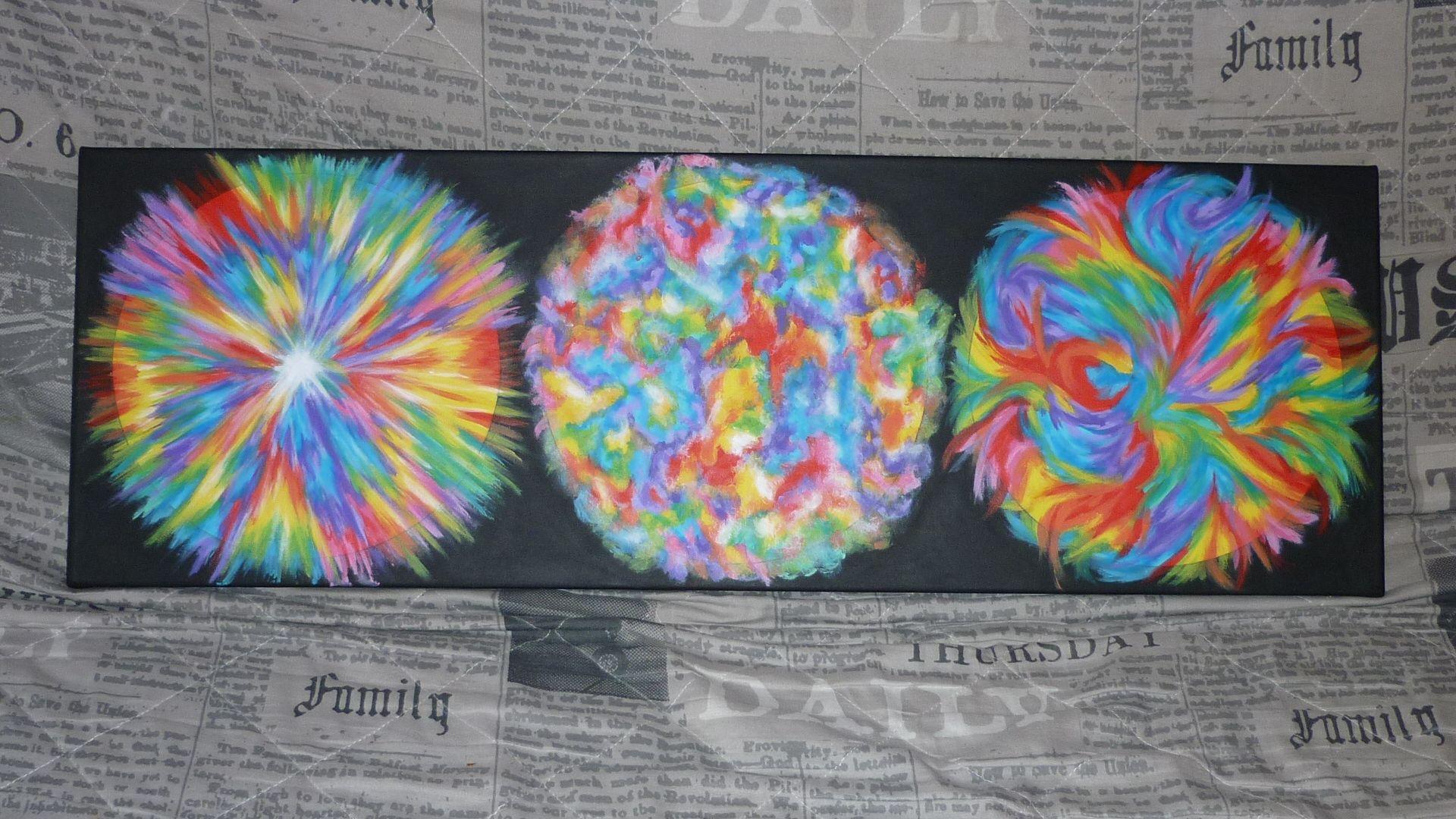 de gauche à droite: 1:hypernovaé. 2:supernovaé. 3:notre soleil,vue en infrarouge et au rayon X