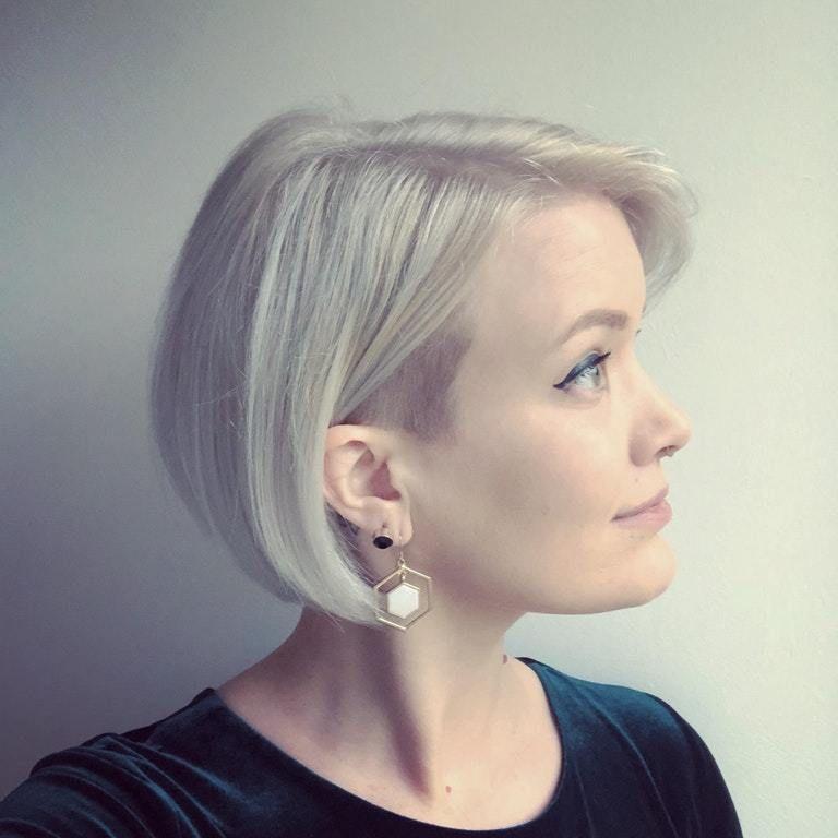 Bob Female Haristyles Haircut Headshave And Bald Fetish Blog