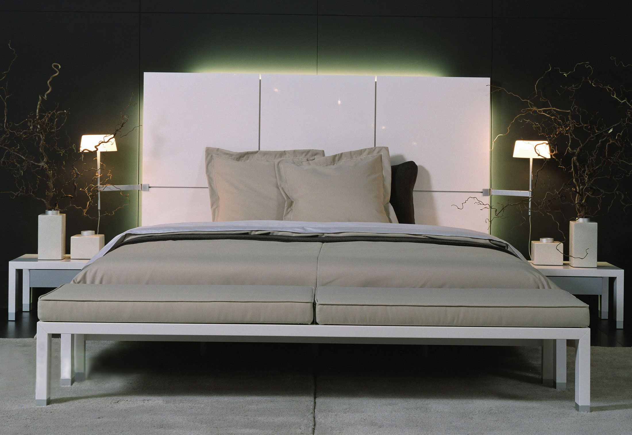 lumeo bed by ligne roset beds bedrooms pinterest beds and ligne roset. Black Bedroom Furniture Sets. Home Design Ideas