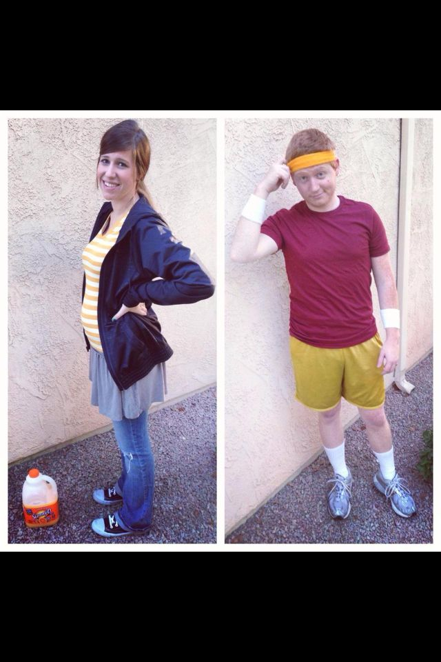 Hilarious pregnant couples Halloween costume idea Master of - funny pregnant halloween costume ideas