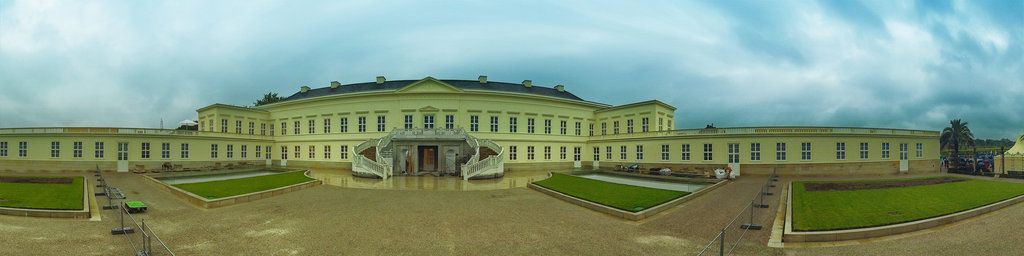 360 Degrees Panoramic View Of The Rebuilt Castle Of Herrenhausen In Hannovercopyright Photo Panorama Stamm Com D Panorama Photography Panoramic Views Panoramic