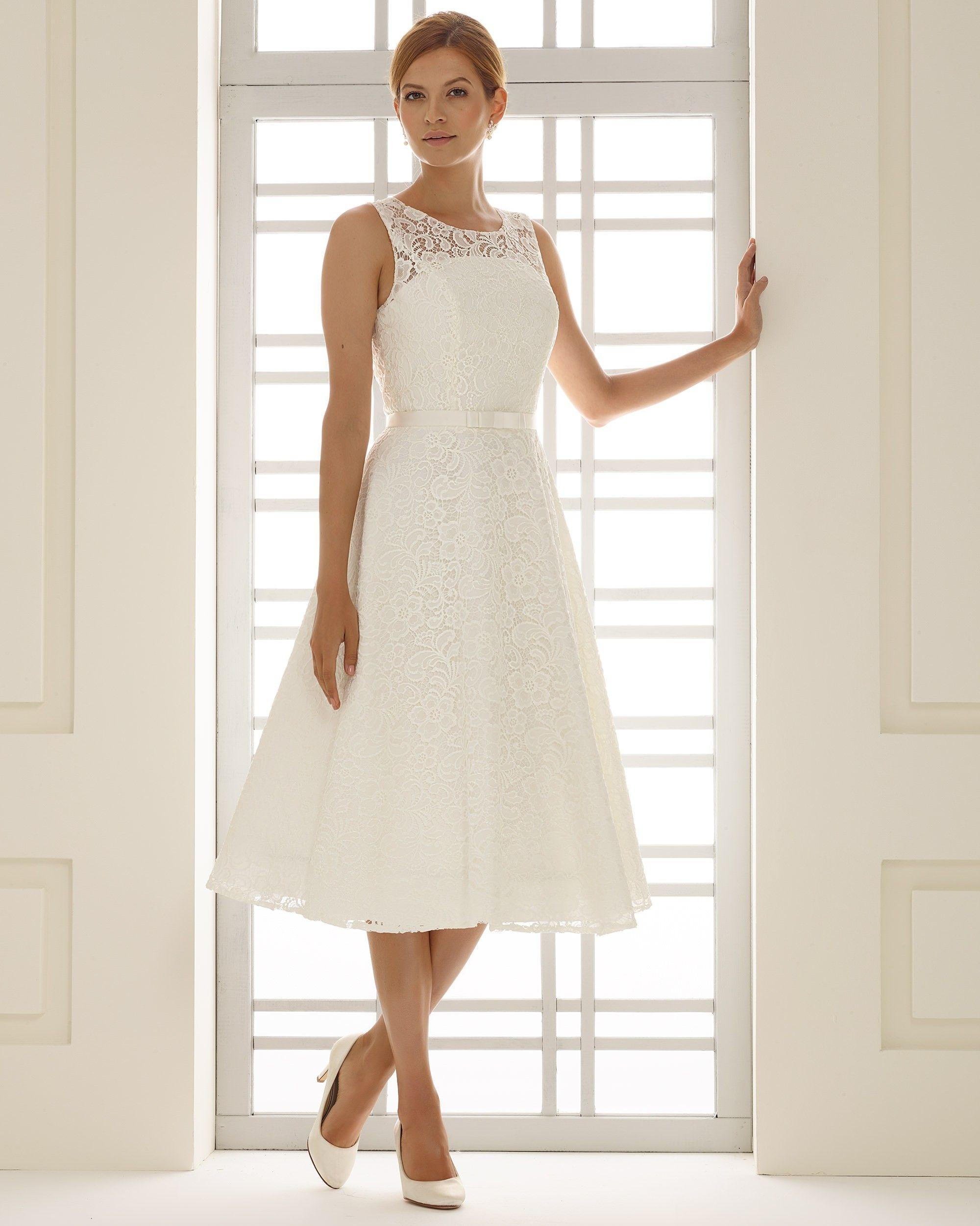 robe de mariée courte en dentelle vintage | Robes de mariées Bianco ...