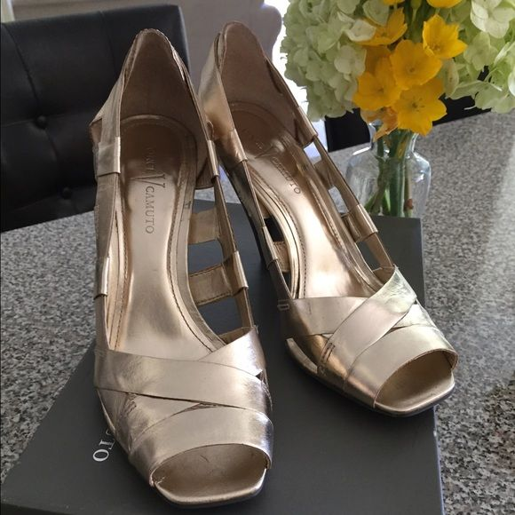 Vince Camuto Frosty Pumps in Gold Cracked Metallic Gold metallic with brown wooden heel, worn once or twice in great condition.  Purchased at Loehmanns, discounted price.  Leather soles Vince Camuto Shoes Sandals