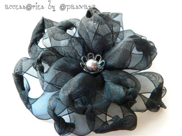 MK de fleur spectaculaire de la ceinture de nylon - Accessoires de cheveux et plus - Powered Ufamam