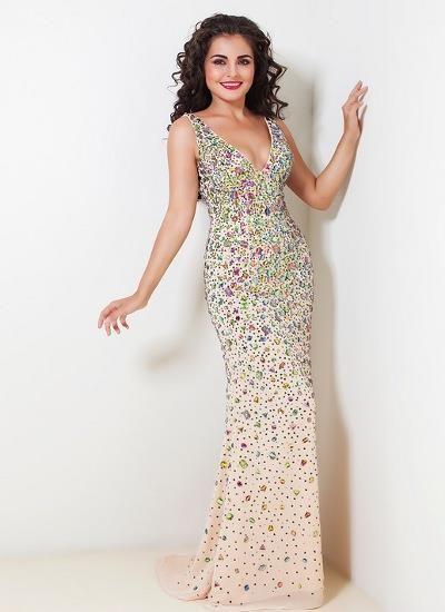 c6b8f883e74be09 Телесное платье с камнями сваровски | Красивая одежда | Платья ...