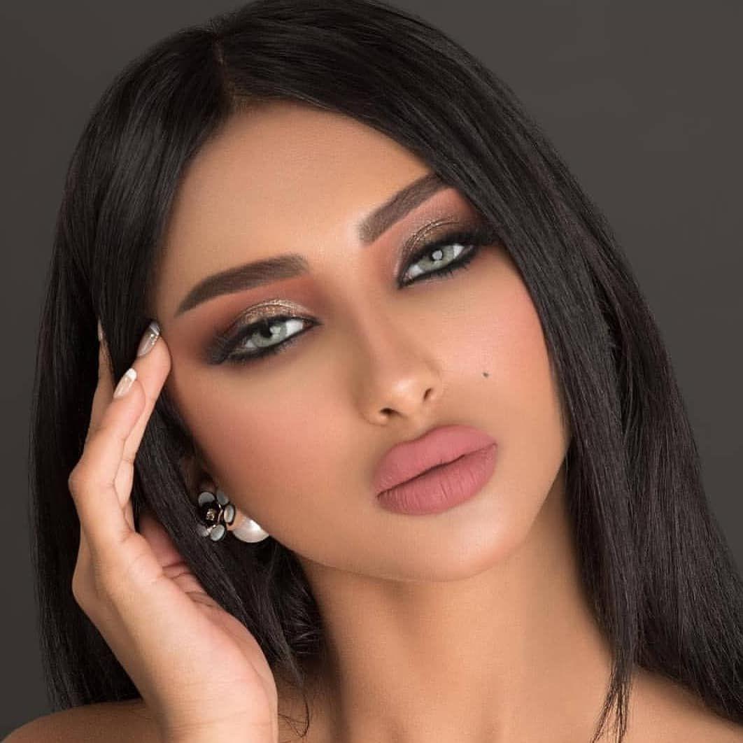 احذرو التقليد العين نعمه وجوهره عدسات لنس مي اللون قري المدة بعد استخدم العدسه 6 اشهر الزينه 1 Beautiful Makeup Makeup Eye Looks Beauty Face