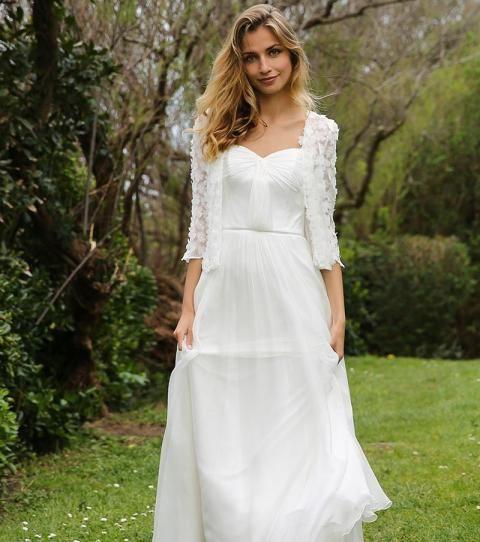 Robe de mariée bohème : dentelle, courte, romantique, la sélection des plus beaux modèles