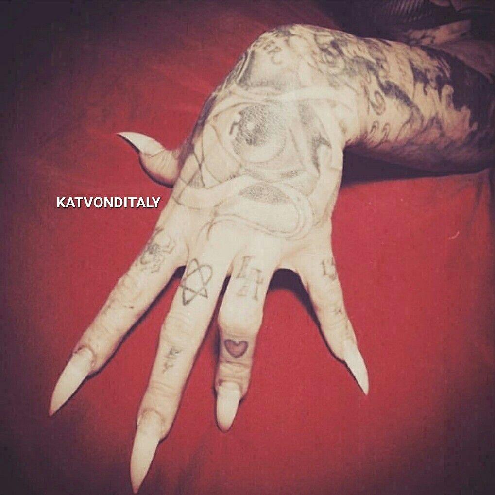Tattoo Girl Von - Katvonditaly katvond tattoo girl high voltage tattoo kat von d rings