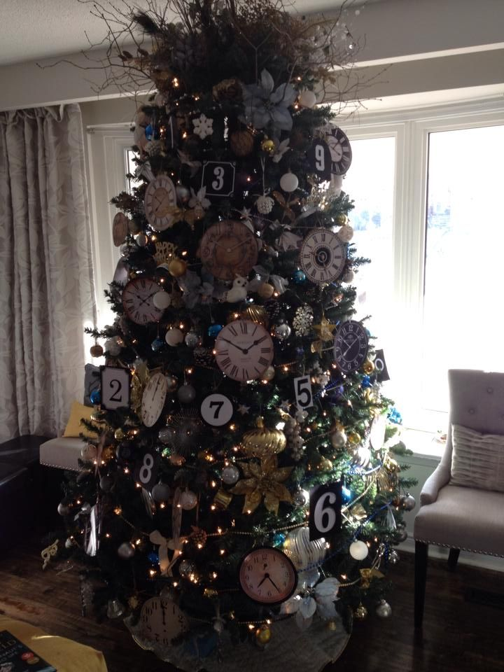New Year S Eve Tree New Years Eve Decorations New Years Eve Table Setting New Years Tree