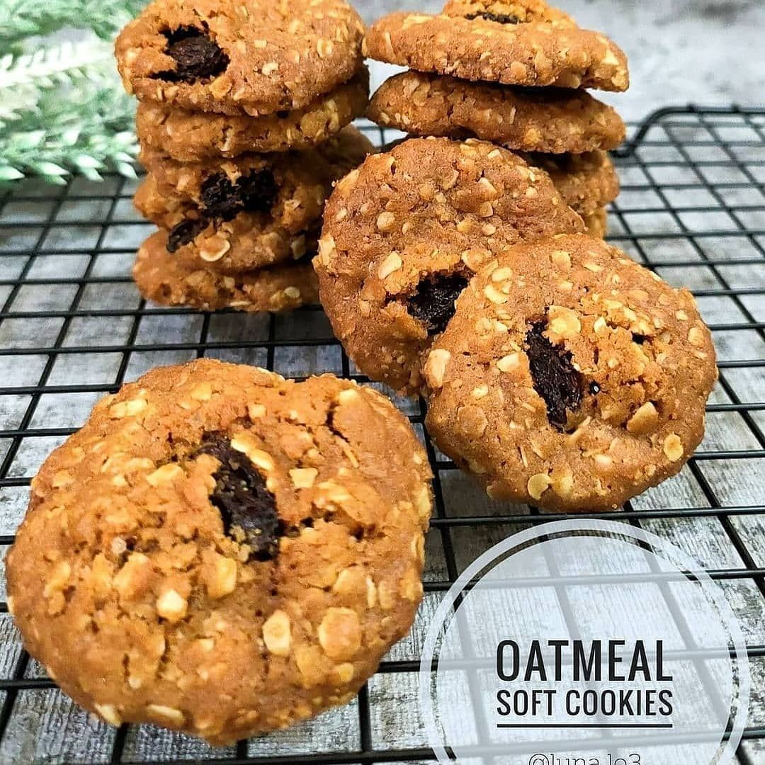 Aneka Resep Kue Enak Lezat On Instagram Yuk Kasih Nya Dulu Mom Oatmeal Soft Cookies By Luna Lo3 Bahan 150 Gr In 2021 Soft Cookie Cake Recipes Recipes