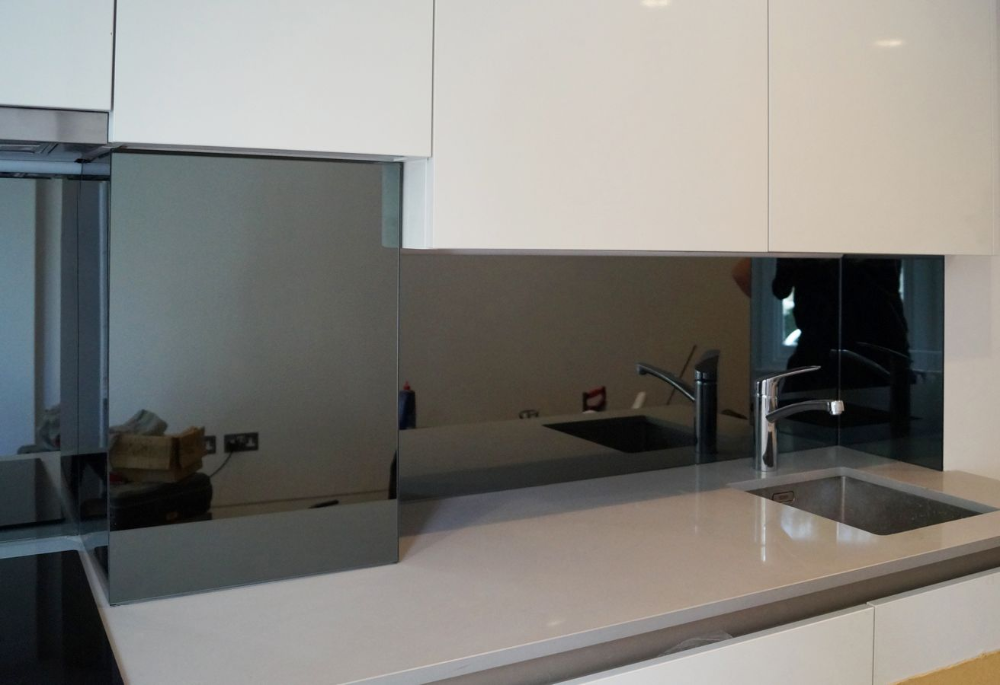 Lustra Do Kuchni Szklane Panele Wroclaw Top Glass Jasioski Kitchen Color Kitchen Splashback Home Decor