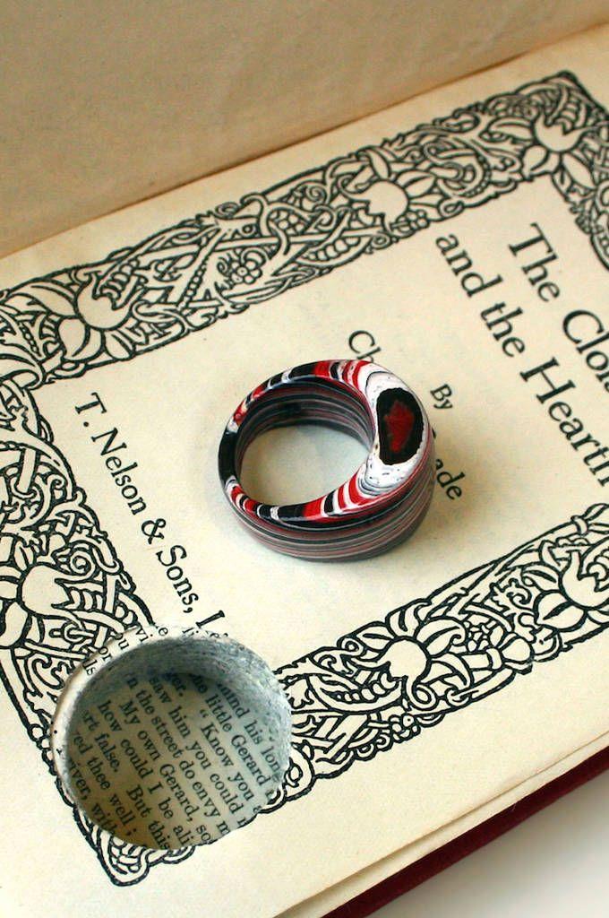 jewelry made with recycled old books bijoux en papier vieux livres et bijoux de mari e indienne