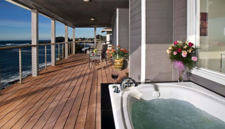 Jacuzzi Tub In The Commander S Suite