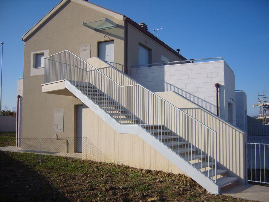 Piancatelli c s r l scale esterne stairs - Scale esterne casa ...