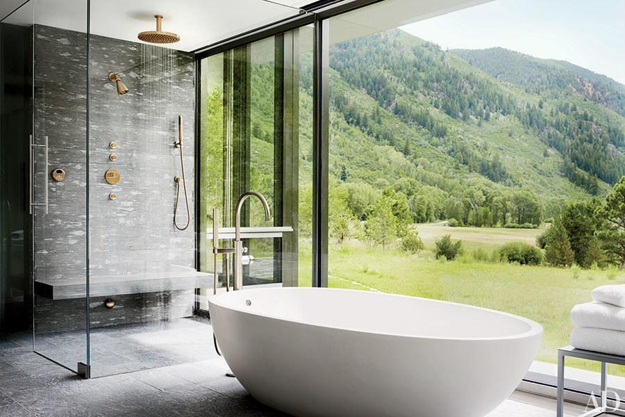 Bathtub Design Ideas Guaranteed to Make a Splash | Architectural Digest