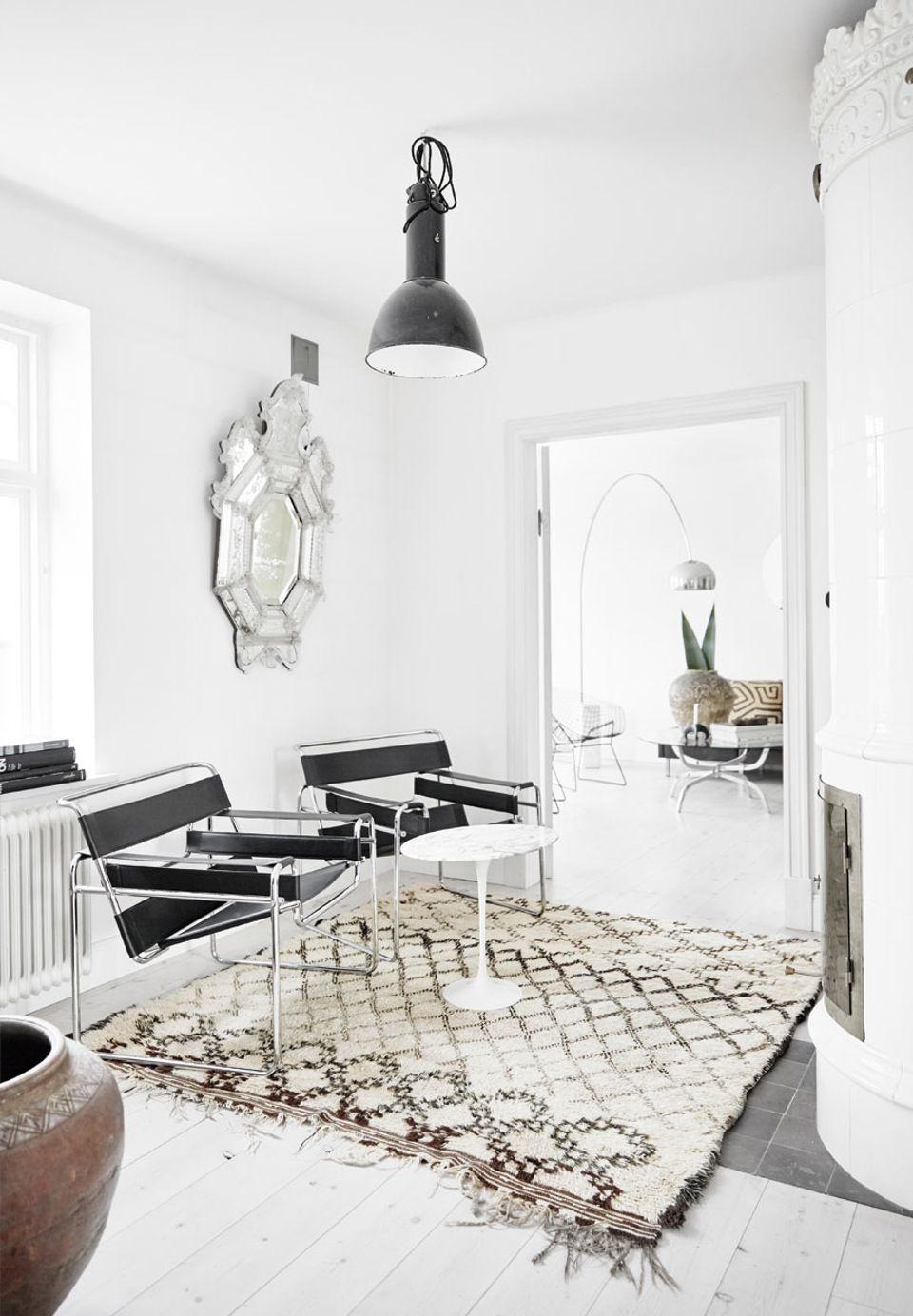 Ethnic and nordic apartment seaofgirasoles