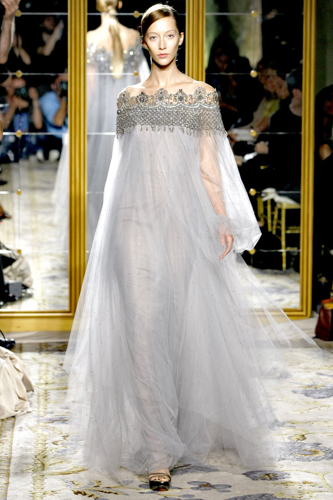 Details on Blake Lively's Marchesa Wedding Gown (Which Was Clearly NotChanel) Details on Blake Lively's Marchesa Wedding Gown (Which Was Clearly NotChanel) new images